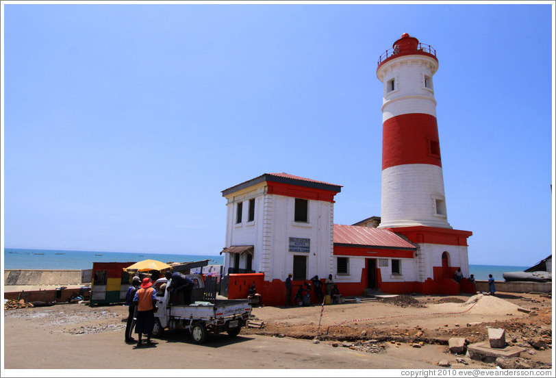 accra-lighthouse-large