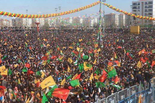 newroz-en-diyarbakir-turquía-89182131