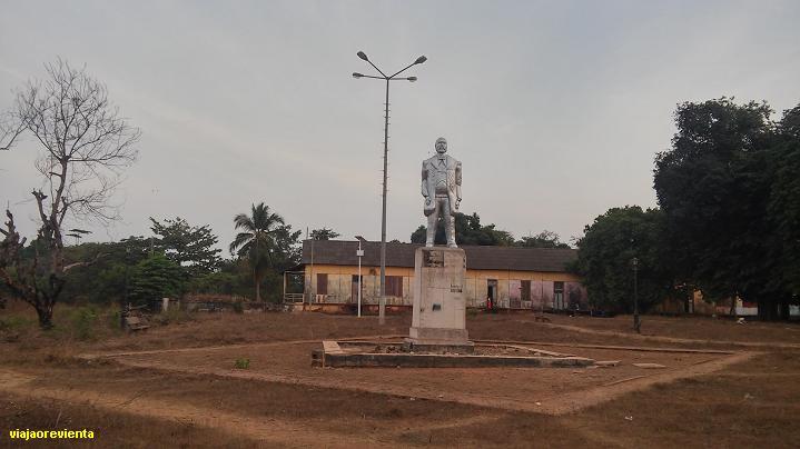 BOLAMA, GUINEA BISSAU. EL MISTERIO DE LA ESTATUA DE ULYSSES S. GRANT